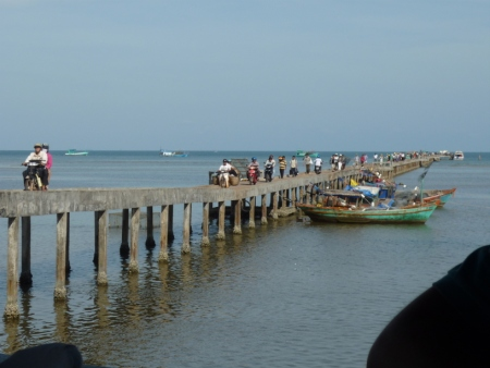 bedrijvigheid op de pier